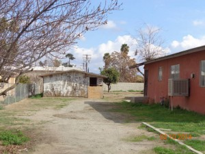 Monique Yang's property, as seen from the road. Photo courtesy County of Tulare.