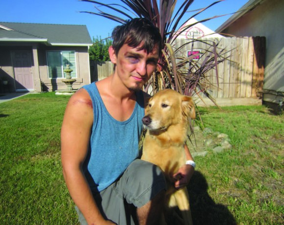 Jonathan Smith and his dog Chizum. Catherine Doe/Valley Voice