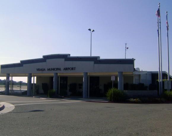 Visalia Municipal Airport. Wikimedia/User VISALIAso559